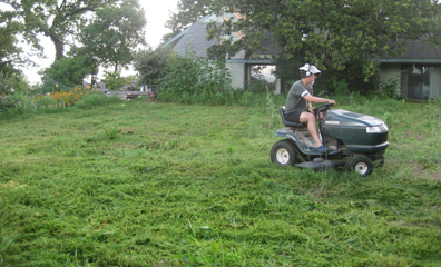 Mike Mows Good