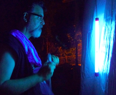 It's Tropical Biology! Blacklighting for bugs on BCI.
