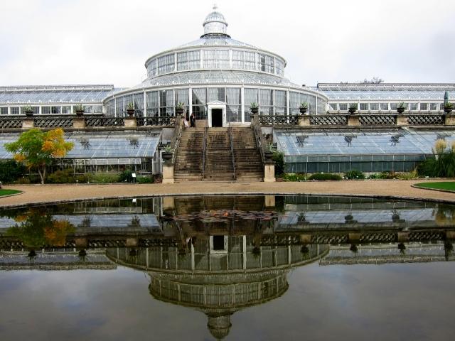 The Copenhagen Botanical Garden's Palm House, built 1874. Purest glorious Victoriana.
